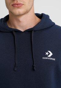 Converse - STAR CHEVRON HOODIE - Hoodie - obsidian - 3