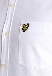 Lyle & Scott - REGULAR FIT  - Shirt - white - 3