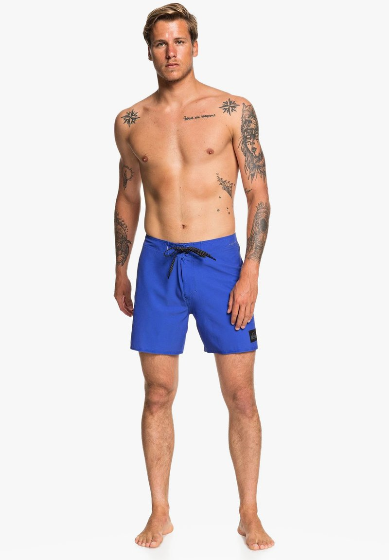 Quiksilver - HIGHLINE KAIMANA - Swimming shorts - dazzling blue
