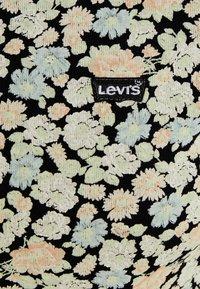 Levi's® - BABY TEE - T-shirts print - obsidian - 5