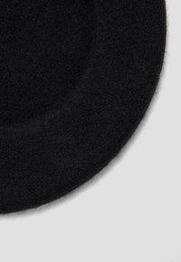 Stradivarius - BARETT - Hat - black - 2
