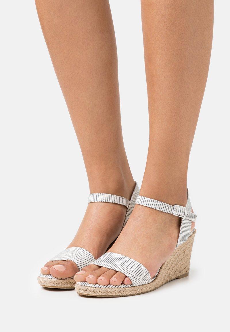 Tamaris - Wedge sandals - denim