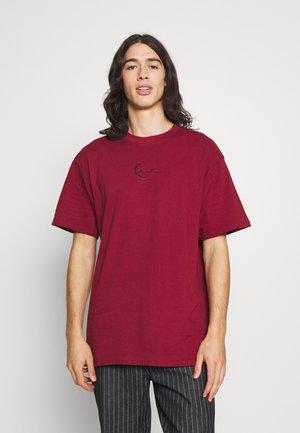 SIGNATURE ESSENTIAL TEE UNISEX - Basic T-shirt - dark red