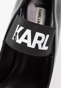 KARL LAGERFELD - VENETO BAND COURT - Højhælede pumps - black - 2