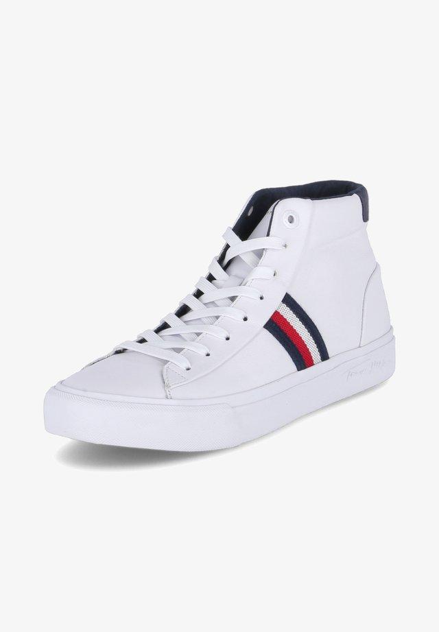 CORPORATE MIDCUT - Sneakersy wysokie - weiß