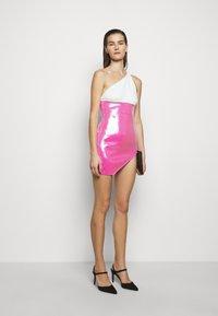 David Koma - Shift dress - white/pink - 1
