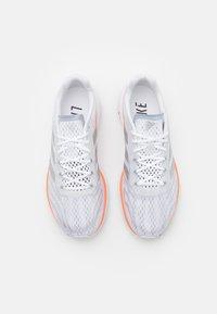 adidas Performance - SL20.2 SUMMER.READY  - Neutrala löparskor - footwear white/silver metallic/screaming orange - 3