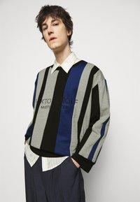 Viktor&Rolf - NUMBER PATCHWORK - Sweatshirt - multicolour - 5