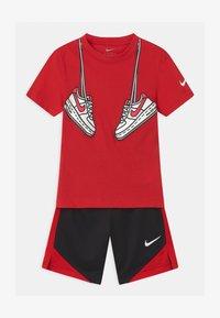 Nike Sportswear - SET - Triko spotiskem - black - 0