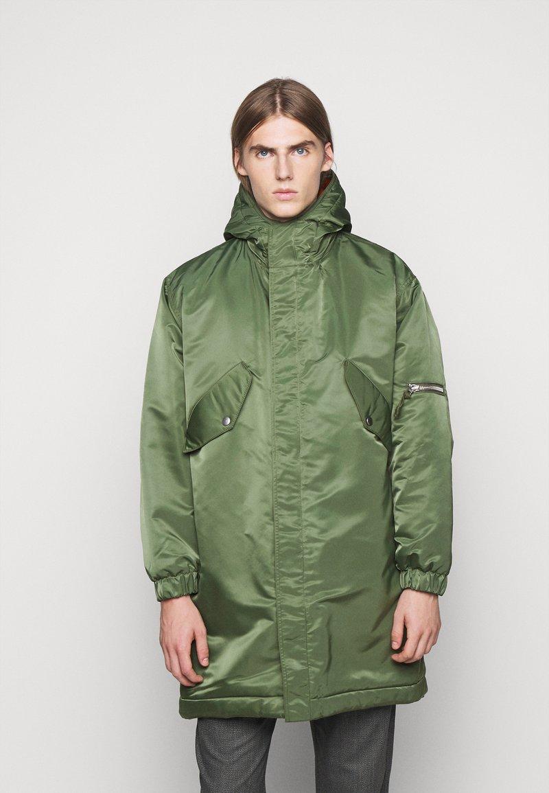 YMC You Must Create - HUNTER - Zimní kabát - olive