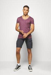 s.Oliver - Shorts - dark grey - 1
