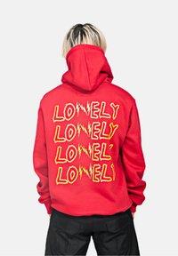 SEXFORSAINTS - LOVELY/LONELY - Hoodie - metallic red - 2
