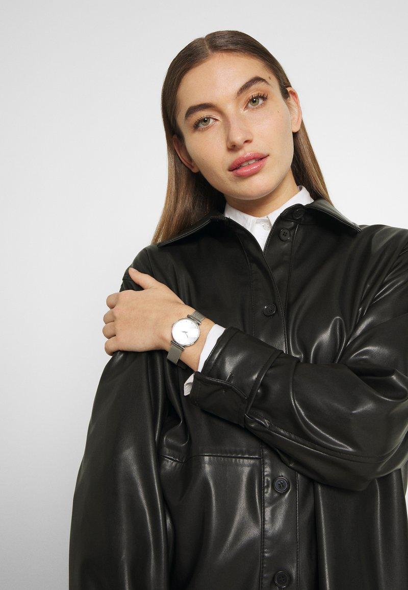 Sekonda - LADIES WATCH ROUND CASE - Watch - silver-coloured