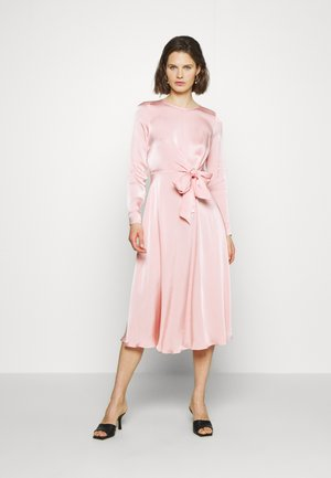MINDY DRESS - Cocktailkjole - pink