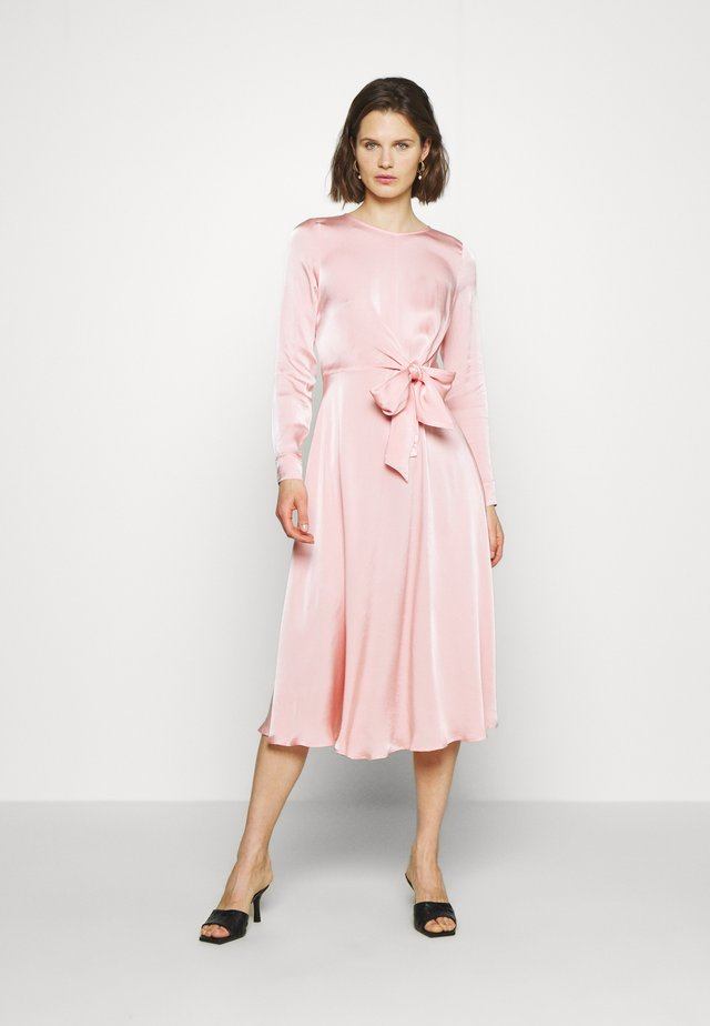 MINDY DRESS - Robe de soirée - pink