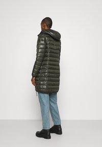 Q/S designed by - OUTDOOR - Zimní kabát - olive - 2