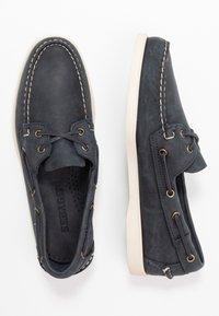 Sebago - DOCKSIDES PORTLAND CRAZY HORSE - Boat shoes - blue navy - 1
