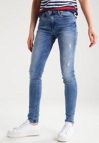 Tommy Hilfiger - COMO NOLA - Jeans Skinny Fit - denim - 0