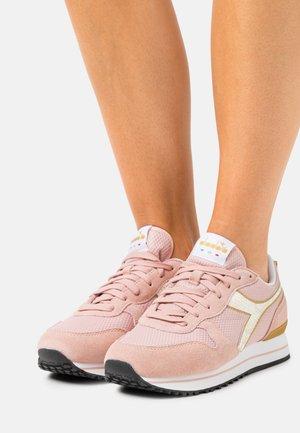 OLYMPIA PLATFORM MERMAID  - Zapatillas - pink/sand