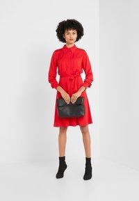 Diane von Furstenberg - EXCLUSIVE DORY DRESS - Paitamekko - red - 1