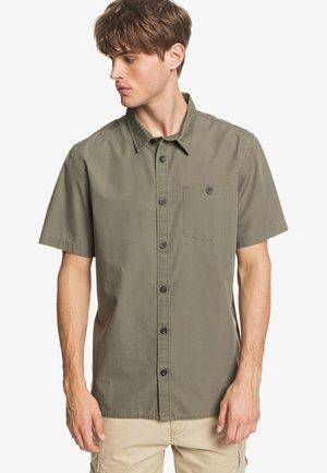 TAXER - Shirt - kalamata