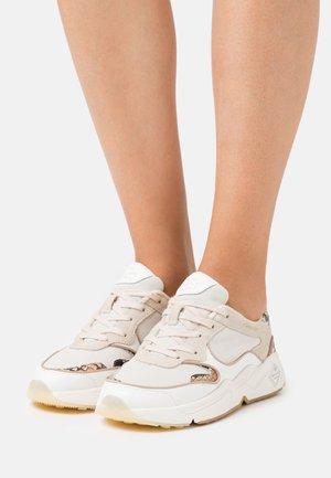 NICEWILL - Sneakersy niskie - cream/white