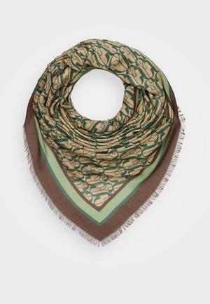 Šátek - clorofilla