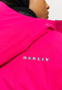 Oakley - IRIS INSULATED ANORAK - Snowboardjacke - rubine red - 6