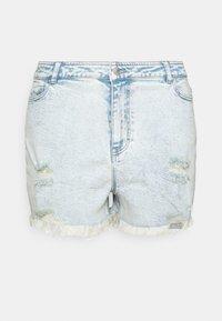 Pieces Curve - PCLAYA SUPER ACID - Shorts di jeans - light blue denim - 6
