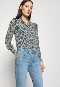 Mos Mosh - BRADFORD LETTER JEANS - Jeans slim fit - light blue - 3