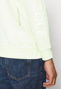 Nike Sportswear - Long sleeved top - liquid lime - 4