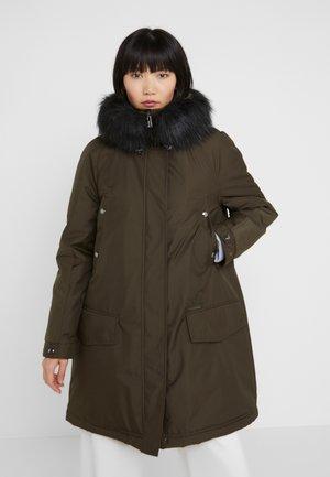 Zimní kabát - militare