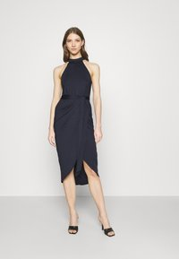 Nly by Nelly - HIGH NECK PLEAT DRESS - Cocktail dress / Party dress - navy - 0