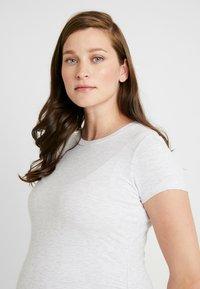 Cotton On - MATERNITY  FRONT SHORT SLEEVE - T-shirt basic - grey marle - 3