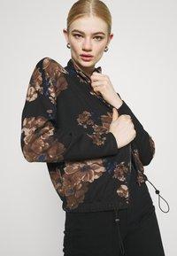 ONLY - ONLALICE ZIP - Zip-up sweatshirt - black - 3