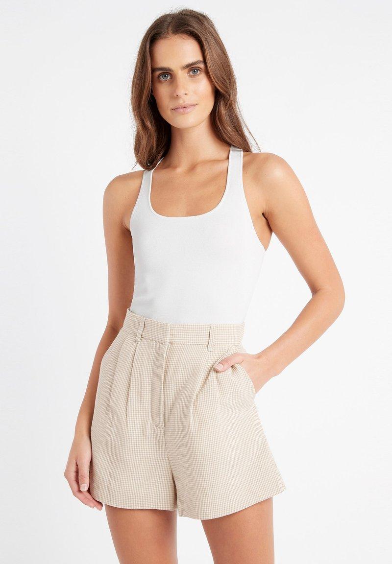 Kookai - Shorts - ab-beige