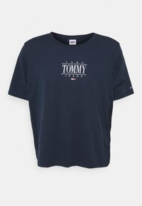 Tommy Jeans Curve - ESSENTIAL LOGO TEE - Print T-shirt - twilight navy - 4