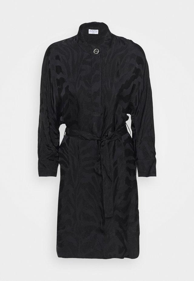 RIKITA - Korte jurk - noir