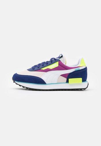 FUTURE RIDER PLAY ON - Sneakers laag - elektro blue/white