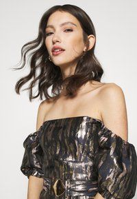 Fashion Union - ROYAL - Cocktail dress / Party dress - gold - 3