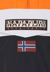 Napapijri - RAINFOREST BLOCK - Winter jacket - black - 2