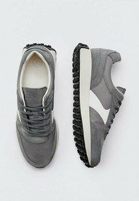 Massimo Dutti - Trainers - grey - 2