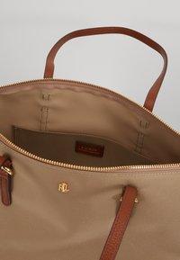 Lauren Ralph Lauren - KEATON TOTE-SMALL - Handbag - clay - 4