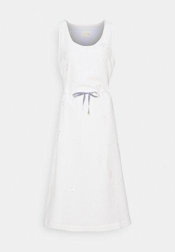 ICON FLUID DRESS - Denní šaty - white