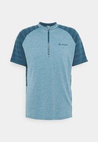 TAMARO - Print T-shirt - blue gray