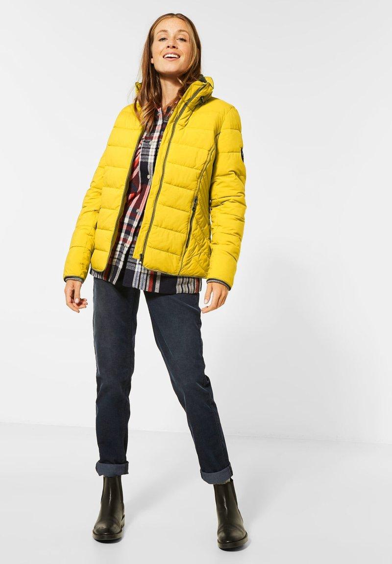 Cecil - MIT STEPPUNG - Winter jacket - gelb