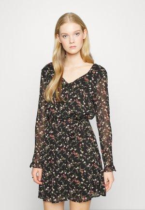 VMCAROLINE SHORT DRESS - Day dress - black