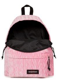 Eastpak - Reppu - velvet pink - 4