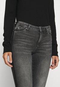 KARL LAGERFELD - SKINNY DENIM - Jeans Skinny - grey - 3