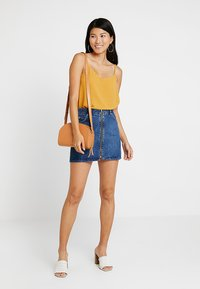 ONLY - ONLMOON SINGLET - Top - mango mojito - 1